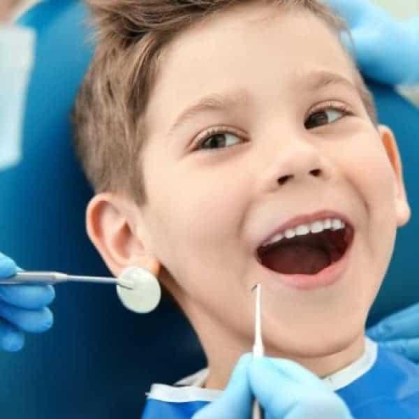Çocuk Diş Hekimi